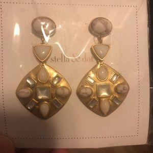 Stella and dot earrings brand new!